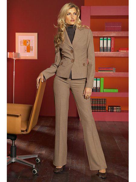 Женский деловой стиль в одежде.
